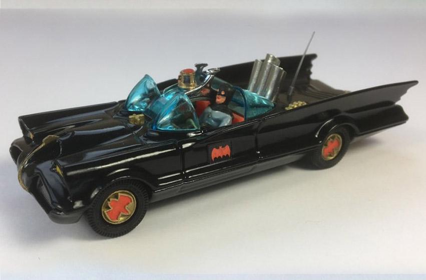 Vintage Corgi 267 Batmobile 2