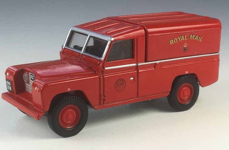 Corgi Classics 07401 Royal Mail Land Rover