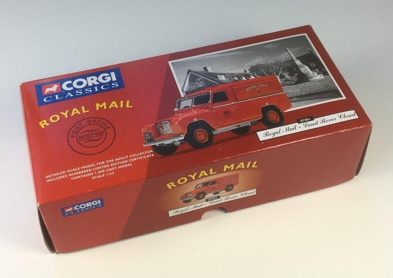 Corgi Classics 07401 Royal Mail Land Rover box