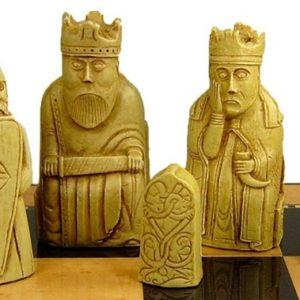 Isle of Lewis Chess Set SAC A102 white pieces
