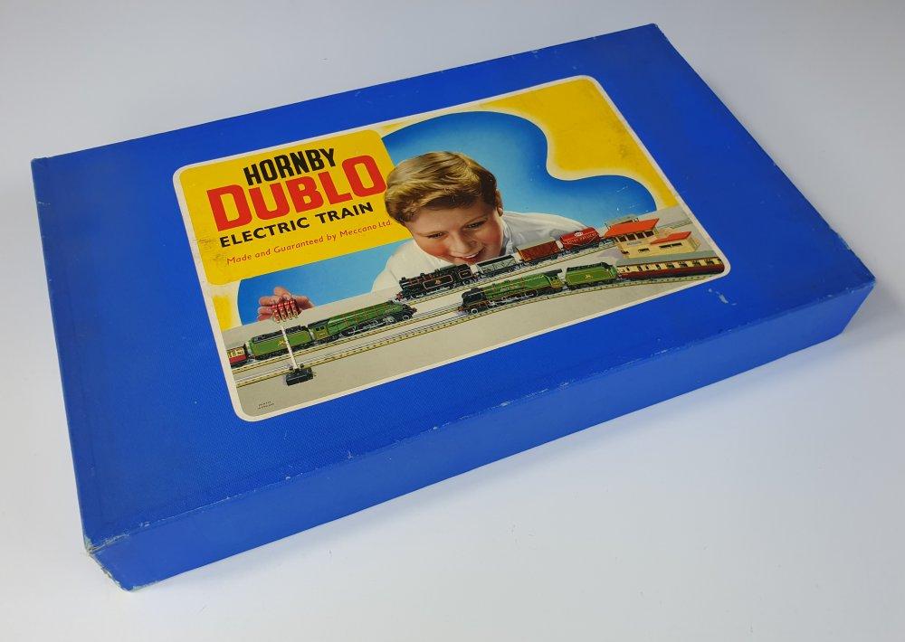 Vintage Hornby Dublo EDP12 Passenger Train Set Box