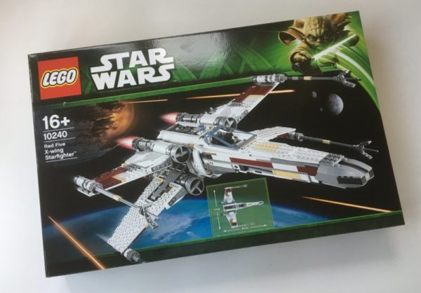 Lego Star Wars X-Wing UCS 10240 Red Five Starfighter