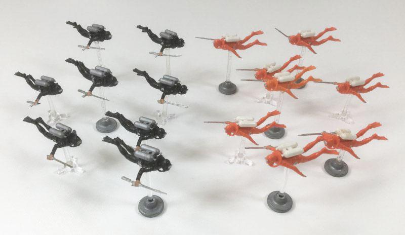 JAMES BOND '007 UNDERWATER BATTLE' Board Game Triang 1960's frogmen