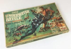 JAMES BOND '007 UNDERWATER BATTLE' Board Game Triang 1960's box
