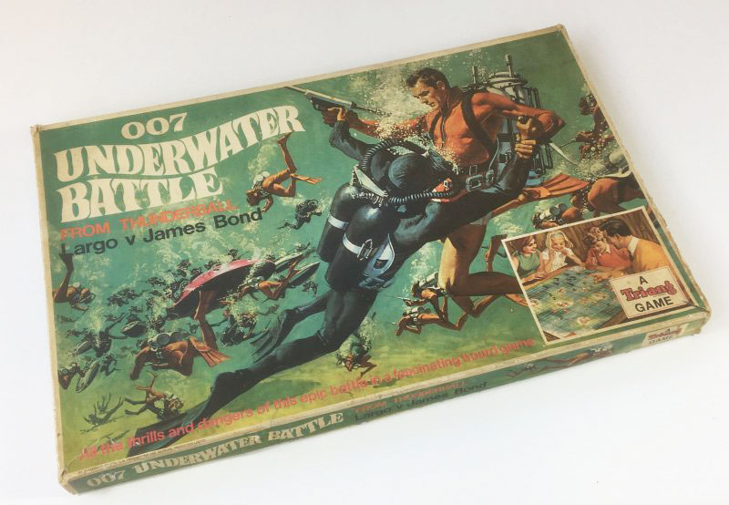 JAMES BOND '007 UNDERWATER BATTLE' Board Game Triang 1960's box