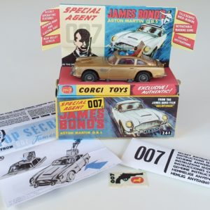 Vintage Corgi 261 James Bond Aston Martin DB5 1960s