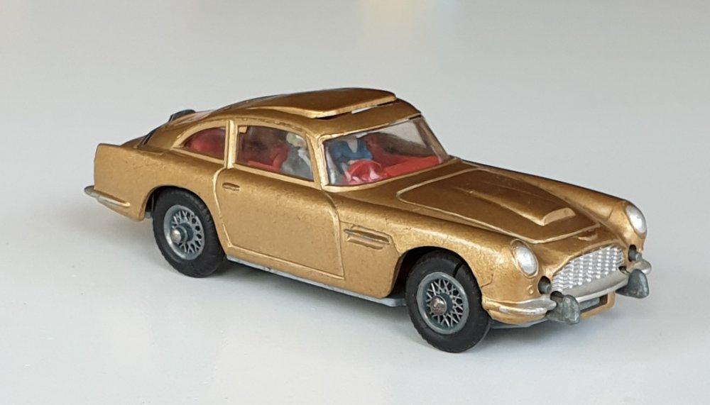 Vintage Corgi 261 James Bond Aston Martin DB5 1960s