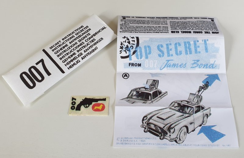 Vintage Corgi 261 James Bond Aston Martin Secret Instructions