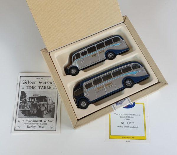 Corgi Classics 97070 Vintage SILVER SERVICE BUS SET (AEC Regal and Bedford OB Coach)