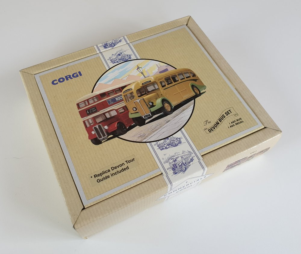 Corgi Classics 97071 Vintage DEVON BUS SET (AEC Regal and AEC Bus)