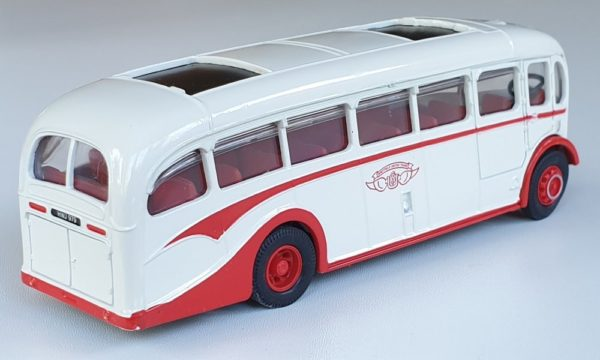 Corgi Classics 97184 VINTAGE AEC REGAL COACH (Sheffield United Tours)