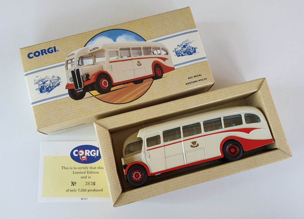 Corgi Classics 97197 Vintage AEC Regal Coach (Western Welsh)