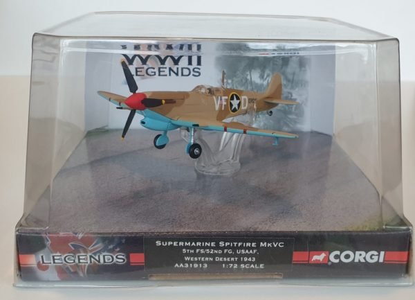 Corgi Aviation AA31913 WWII Legends SPITFIRE Western Desert USAAF