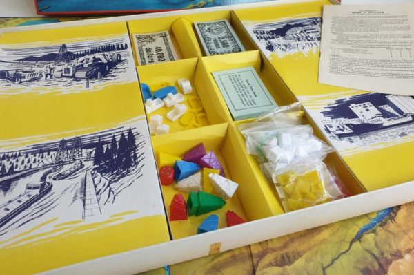 MINE A MILLION Vintage board game Waddington 1960s