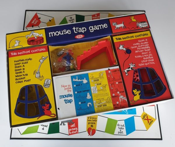 MOUSE TRAP Vintage board game 1960s Ideal