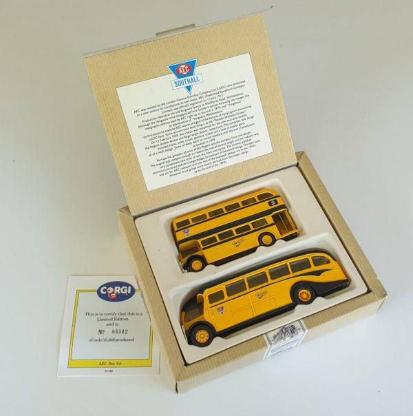 Corgi Classics 96990 AEC BUS SET Regal Regent