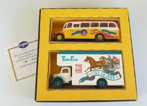 Corgi Classics YORK FAIR SET Bedford OB coach & Bedford Pantechnicon