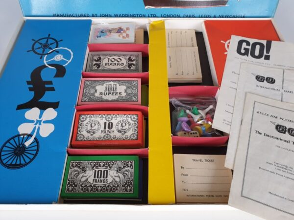 GO INTERNATIONAL TRAVEL Vintage Board Game by Waddingtons 1960's