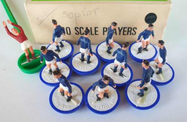 Vintage Subbuteo HW team 2 Everton Leicester City