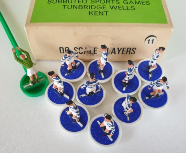 Vintage Subbuteo HW Team 11 Queens Park Rangers QPR 1970s