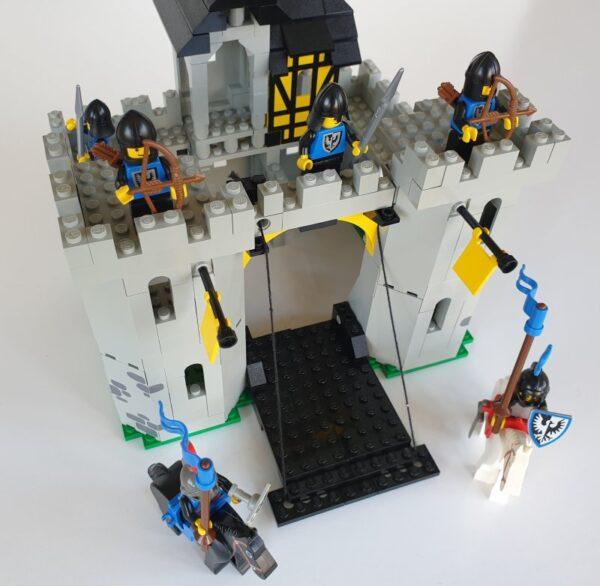 Vintage Lego Castle set b6074 Black Falcon's Fortress 1980's