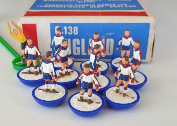 Vintage Subbuteo HW Team 317 England 1970's